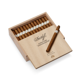Davidoff Signature Ambassadrice Cigar - Box of 25