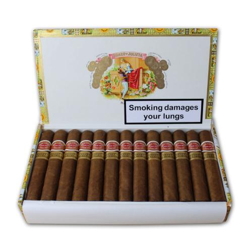 Romeo y Julieta Short Churchill - 25's
